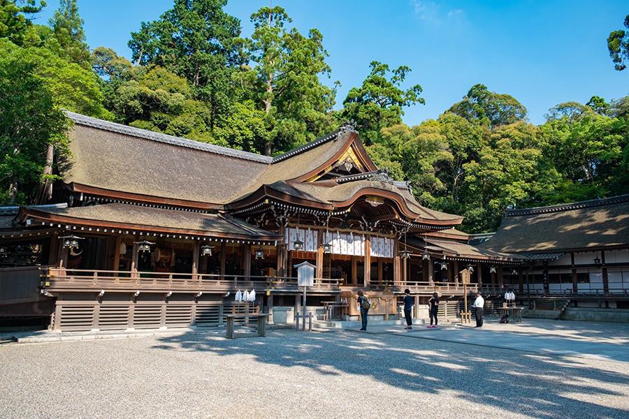 写真は2位の奈良「大神神社」