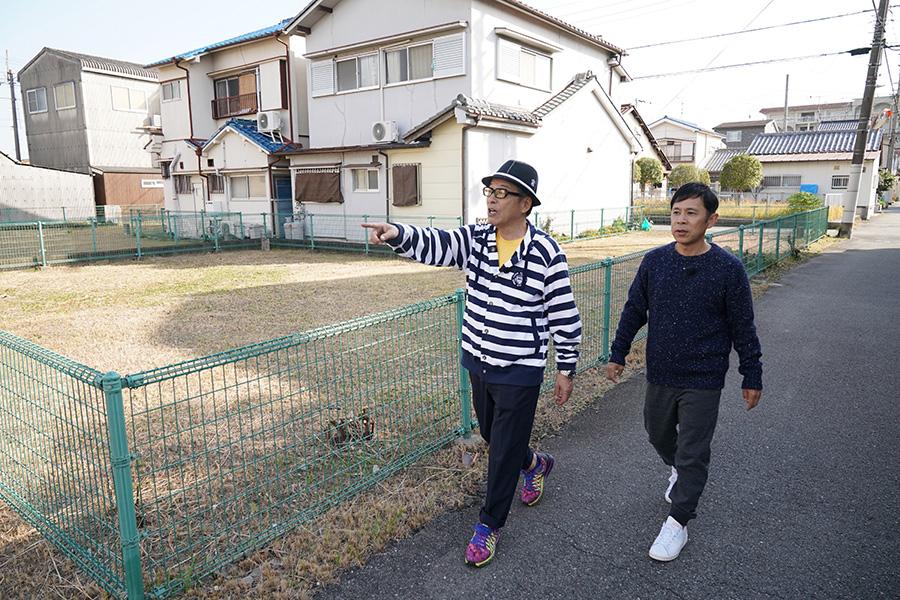 岡村は、円広志の街ぶらロケに弟子入り!?