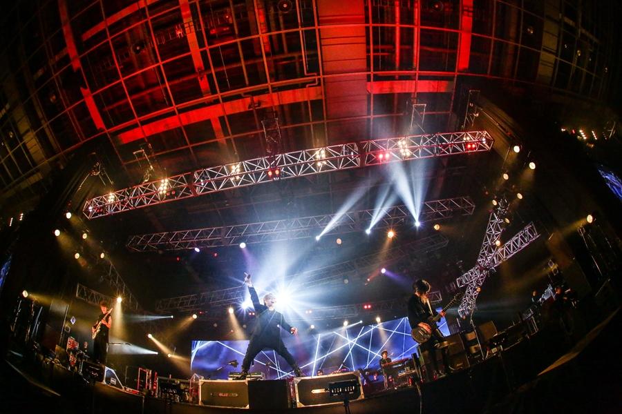 『FM802 RADIO CRAZY』のステージに登場したGLAY(26日/大阪市内)提供:FM802 撮影:田浦ボン