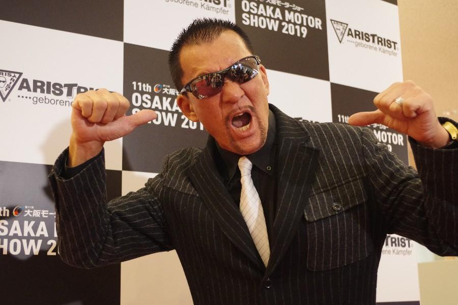 『大阪モーターショー』ではスペシャルサポーターを務め、熱いパワーを発するプロレスラー・蝶野正洋(12月6日・インテックス大阪)