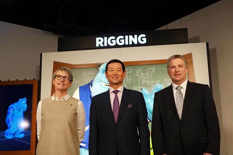 左からピクサー・アニメーション・スタジオのマレン・A・ジョーンズさん、桑田真澄氏、ボストンサイエンスミュージアムのピーター・ガーランドさん