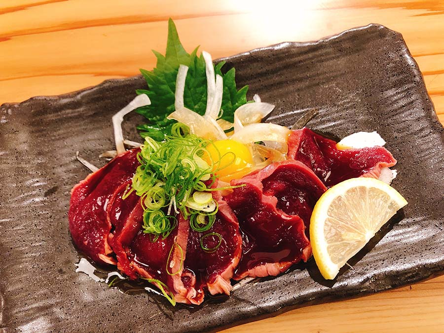 鮮度バツグン!鹿のもも肉ユッケ580円