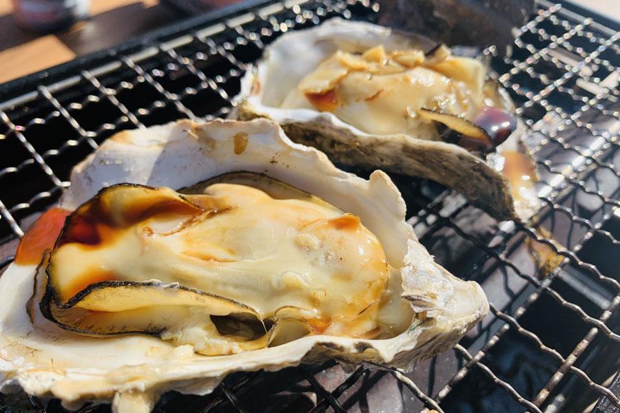 広島県と並ぶ西日本の牡蠣の名産地・兵庫県。その身は、大きくプリプリで濃厚な味が特徴