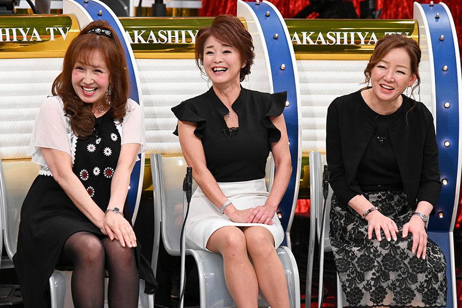 (左から)奈緒ママ、麗子ママ、眞佐美ママ(写真提供:MBS)