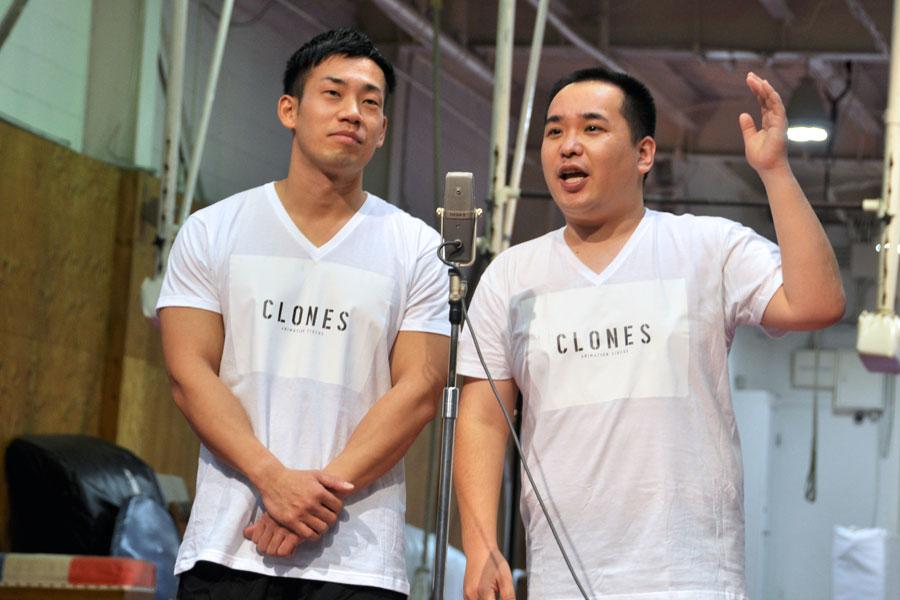 『CLONES』の記者会見で同公演をテーマに漫才を披露したミルクボーイ(1月19日・大阪市)