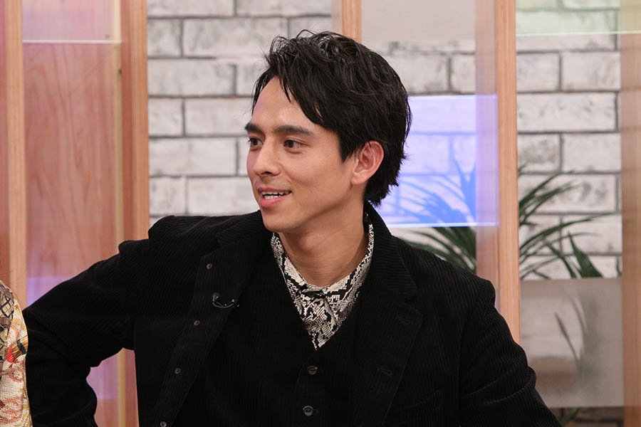 『グータンヌーボ2』の新MCに就任した満島真之介