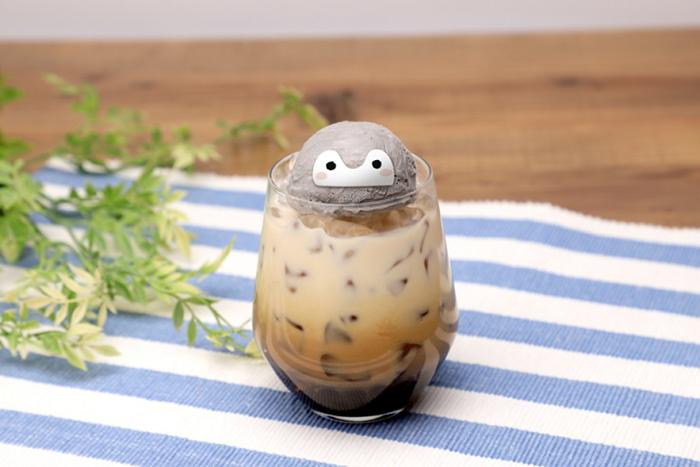 (復刻)コウペン茶んミルク(990円・税別)