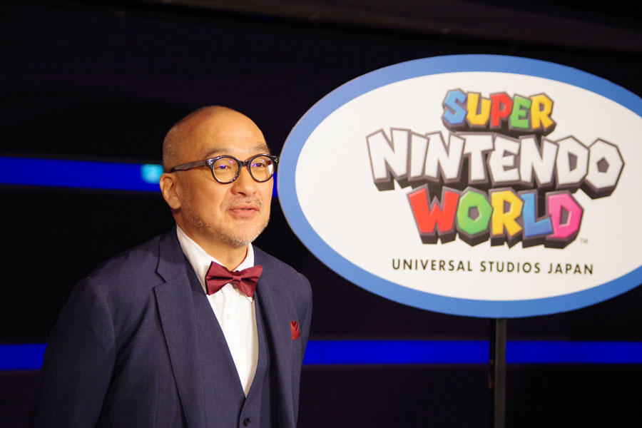新スローガン「NO LIMIT!」について説明する山本部長(1月14日・USJ)