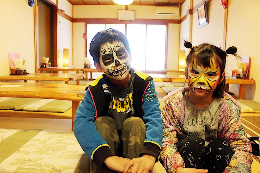 子どもたちも参加できる『鬼のフェイスペインティング』など、節分に向けて盛り上がる奈良・吉野(1月18日・奈良県吉野町)