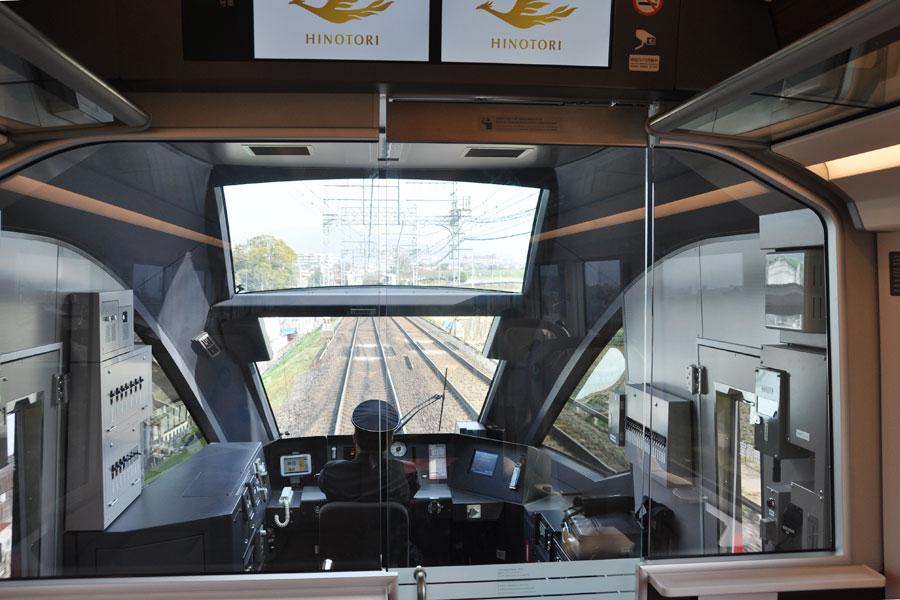 眺望が開けている先頭のプレミアム車両からの景色(2月5日)