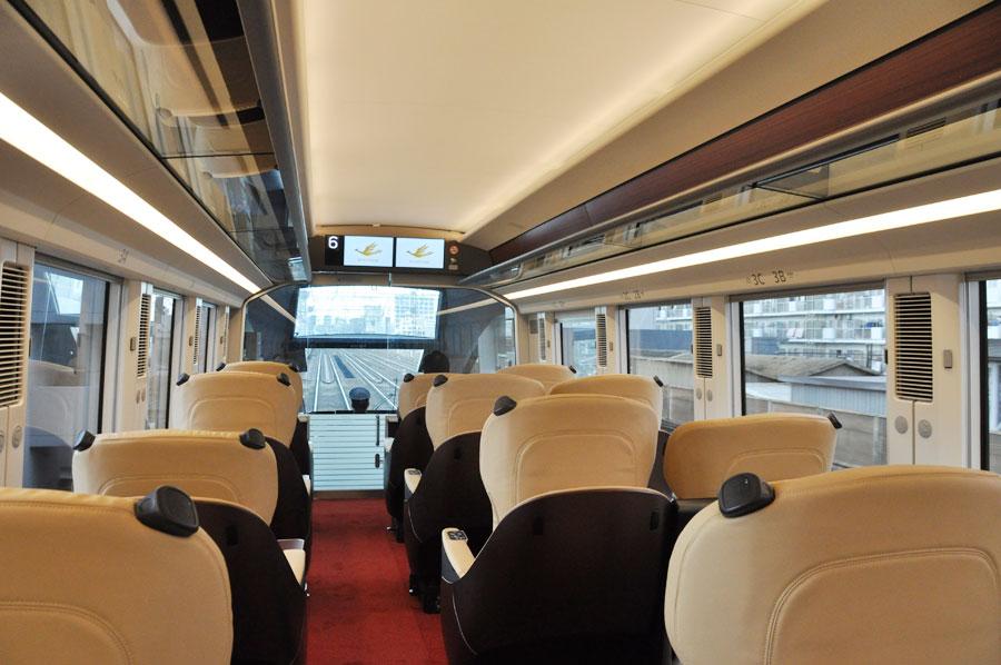 プレミアム車両の座席から前方の風景(2月5日)