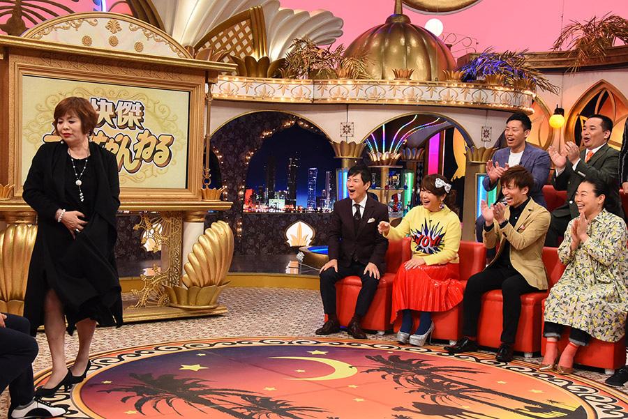 上沼恵美子とゲスト ©KTV