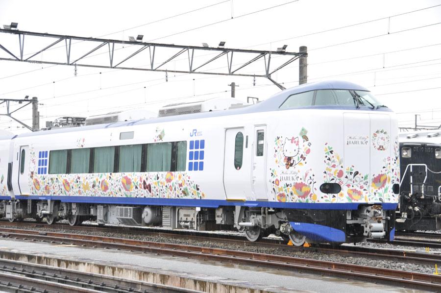 ラッピング列車「ハローキティ はるか」の第4弾は3月14日から登場する(2月22日・京都鉄道博物館)