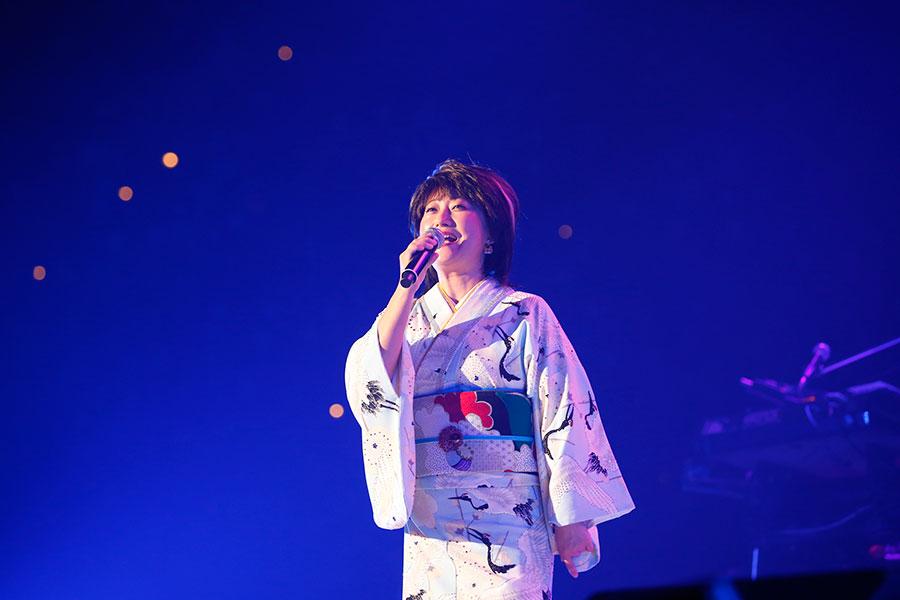 『LIVE SDD 2020』に初登場した水谷千重子(15日・大阪城ホール)写真:LIVE SDD 2020 official photo
