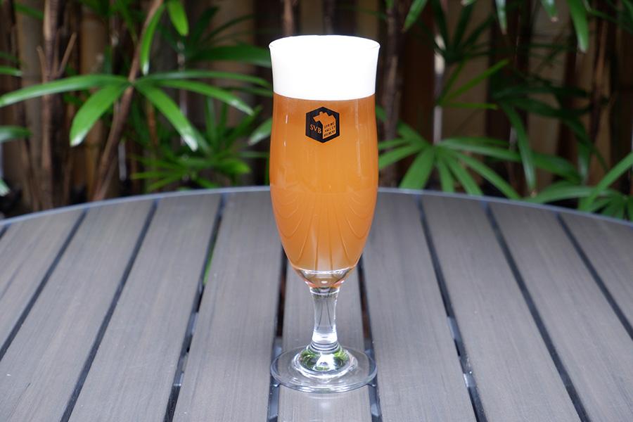 「春風ホワイト」(レギュラーグラス1杯・930円)