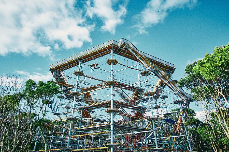 世界最大規模のアスレチック、万博記念公園にオープン