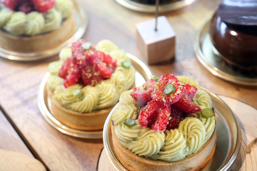 大阪のミシュラン・フレンチによる、デザートカフェ