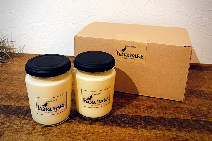「KoaBAKE」の「なめらか低糖質プリン」(500円・税別)。健康に気遣う方への差し入れやお子さまのおやつにおすすめ。低温調理でじっくりと仕上げる数量限定のメニュー