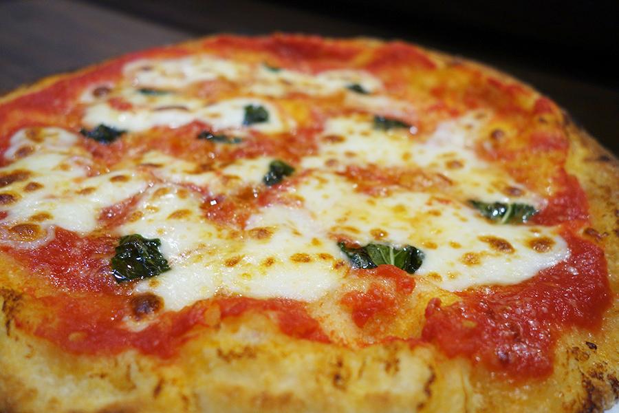 芦屋の人気イタリアンの新業態、焼き揚げピッツァ専門店も3階にオープン