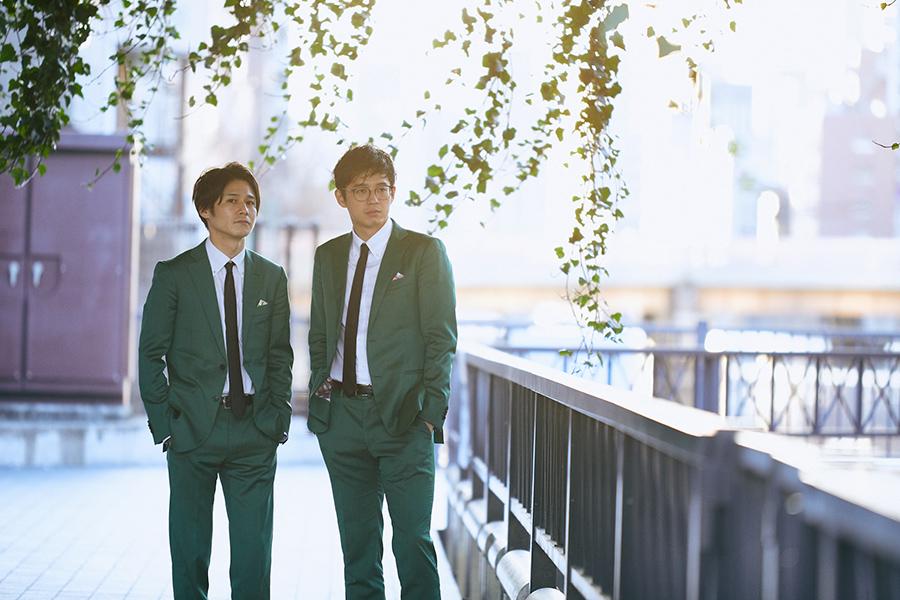 緑の衣裳については「青は銀シャリさんがいるし、白は吉田たちが当時いたし、赤は8.6秒バズーカがいた中で、緑は新喜劇の中條さんしかおらんかったから、じゃあ緑でいこかって。中條さんにも伝えて、お前たちは緑の弟子だって言ってもらえた」と多田