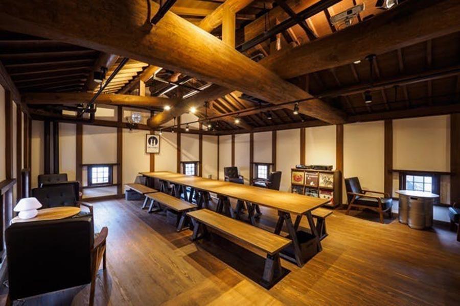 RABBIT HUTCHクラフトビアカフェ(TWO RABBITS BREWING  直営店)では、2000円で食事とビールとお礼の手紙など