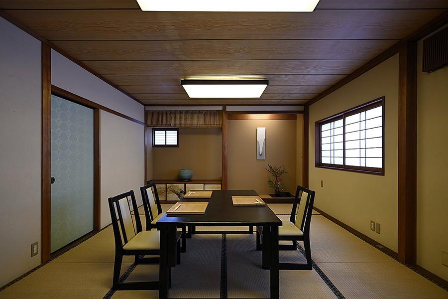 料理魚石では食事に利用できる食事券とお礼の手紙が8000円のセット