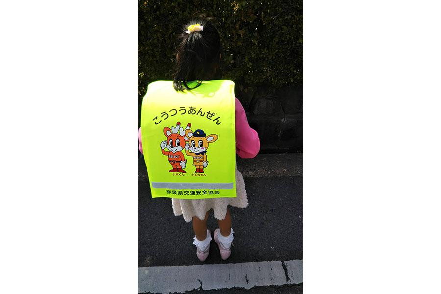 新しいランドセルを背負って入学式に参加した佐藤さんの娘さん