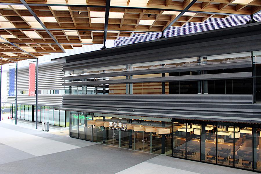 奈良県コンベンションセンター内の蔦屋書店