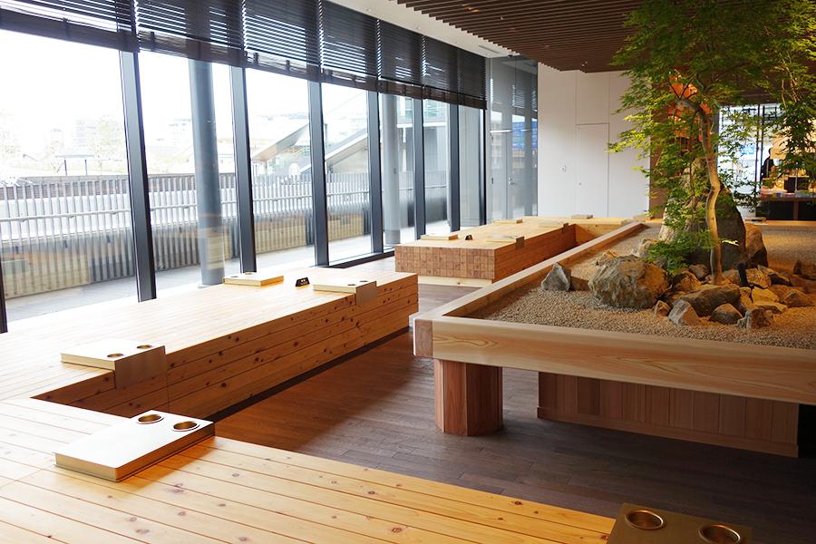 地元向けラインアップも、奈良初の蔦屋書店