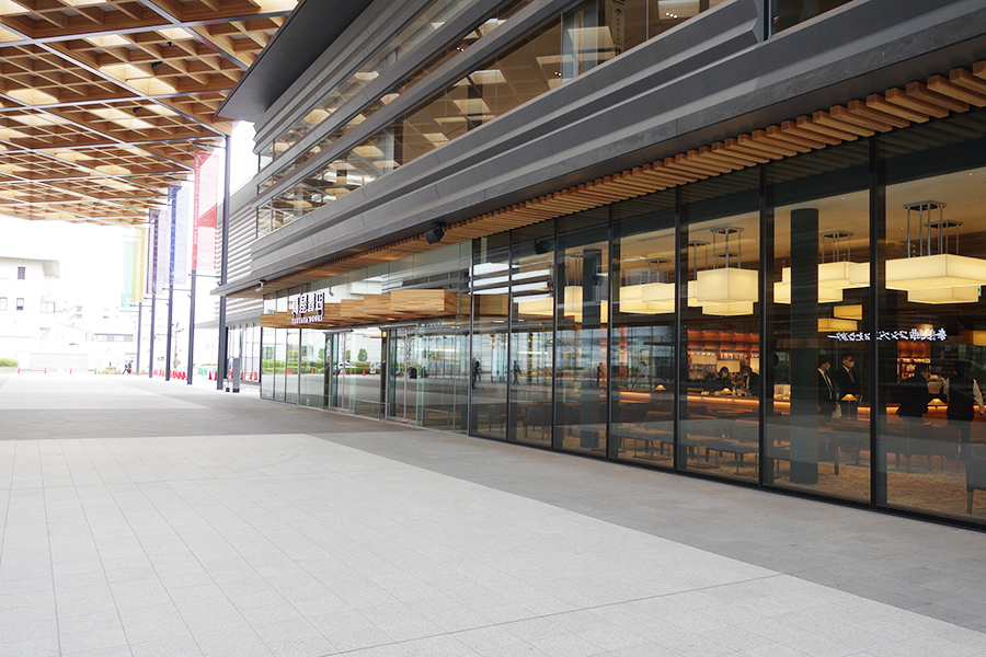 2階建ての奈良 蔦屋書店