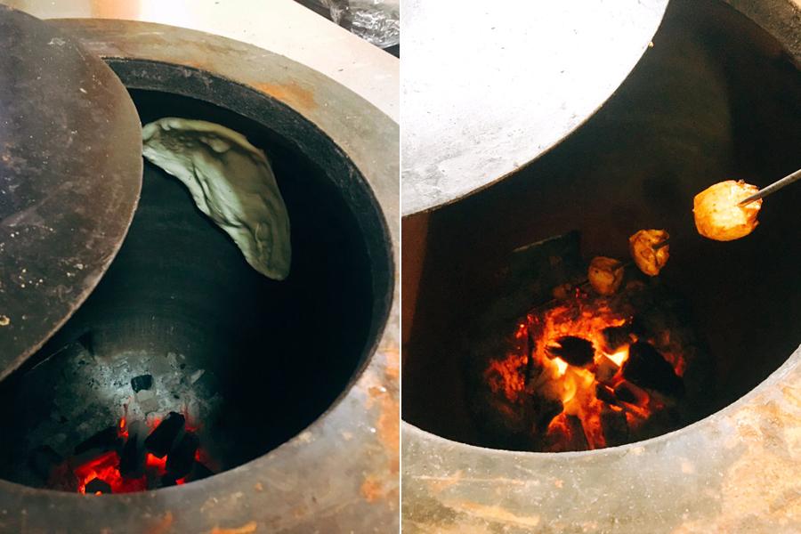 タンドールでナンを焼く様子