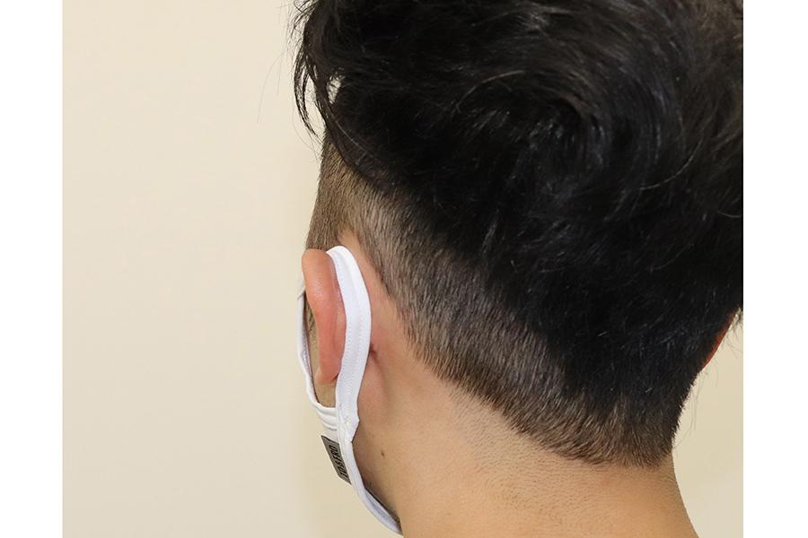 耳紐にも長繊維を使うことで、痛くなりづらいよう配慮