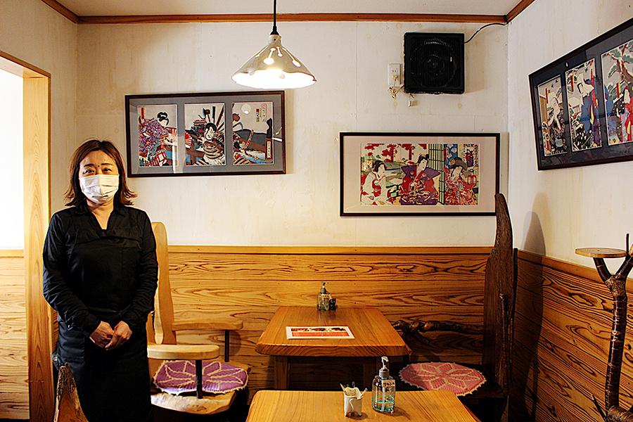 日高さんの父親が経営する、奈良の豆腐料理店『紅絲(コウシ)』店内