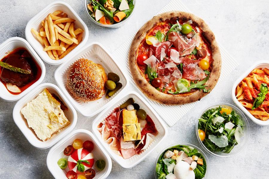 「ザ・リッツ・カールトン大阪」では、窯焼きピッツァをはじめとするイタリアンメニューがテイクアウト可