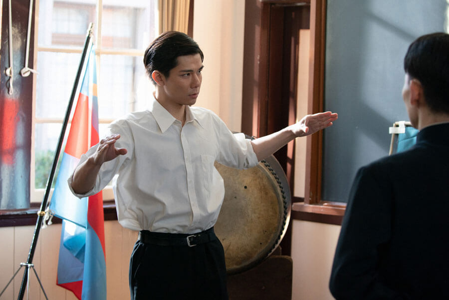 第37回より、慶應義塾大学の応援団に歌唱を指導した山藤太郎(柿澤勇人)(C)NHK