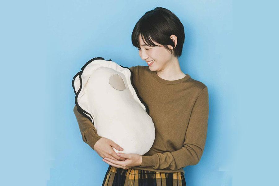 「なぜかかわいい もっちりクッション抱っこ牡蠣」(3080円)