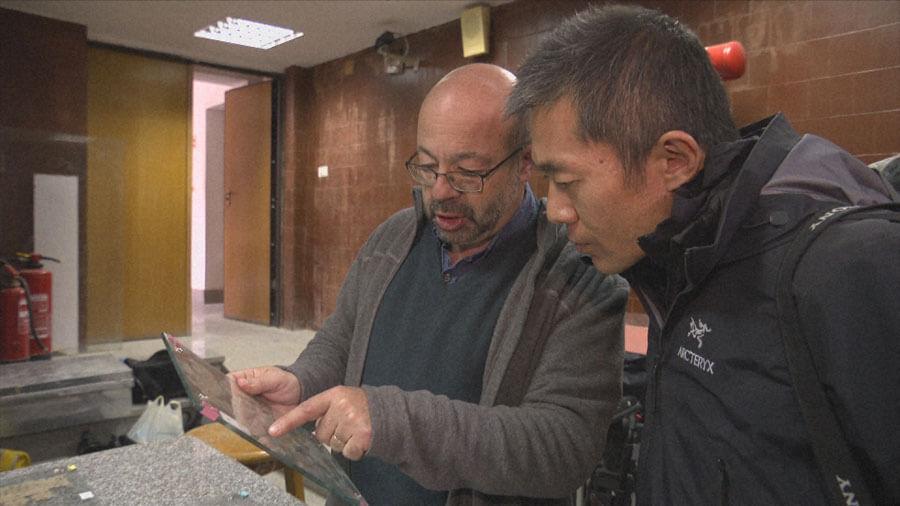 考古学者・河江肖剰とともに研究の最前線に迫る(C)NHK