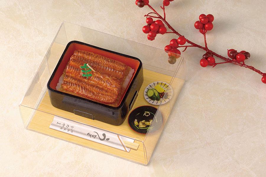 炭火であぶった美味しそうな焼き目と、タレがしみこんだご飯までリアルに再現。「うな重キャンドル」(680円・税別)