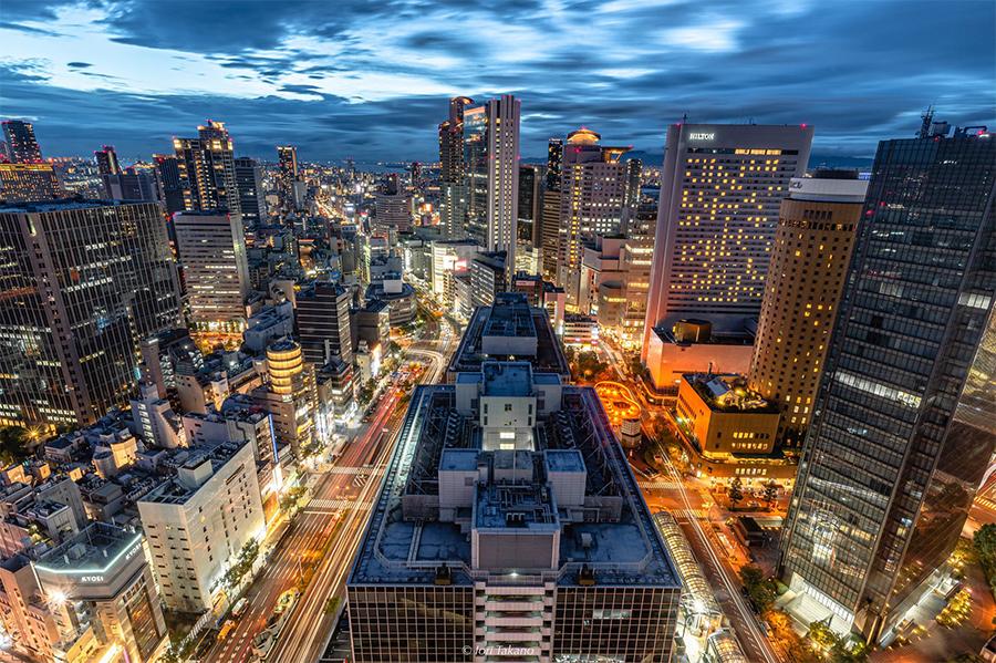 同じく大阪駅前第3ビル(大阪市北区)で別日に撮影された夜景写真(提供:Iori Takanoさん)