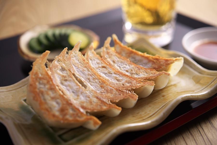 ぎょうざ処 亮昌では、京都の食材を使った和ぎょうざを楽しめる