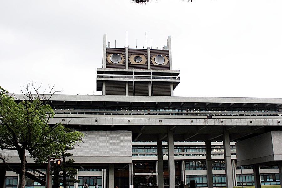 奈良県の感染経路場所は、勤務先などを含む「大阪関連の感染」が全体の約半分(45件)を占める