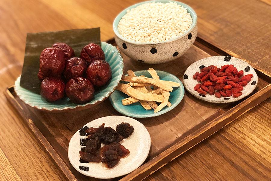 「天然食堂かふぅ」の薬膳醤油麹キット