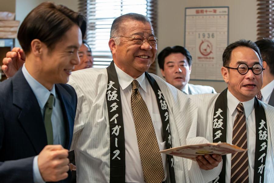 「劇中では、声高々に我々の球団歌『六甲おろし』を歌いながら、改めて先輩方に対して、感謝の気持ちが込み上げてきました」と掛布雅之さん (C)NHK