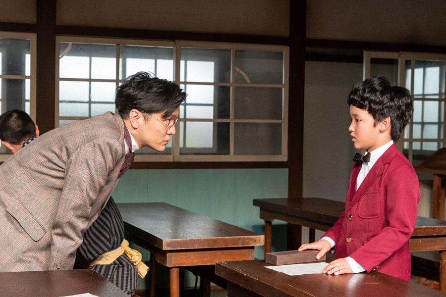 藤堂先生(森山直太朗)に才能を見出された久志(山口太幹)(C)NHK