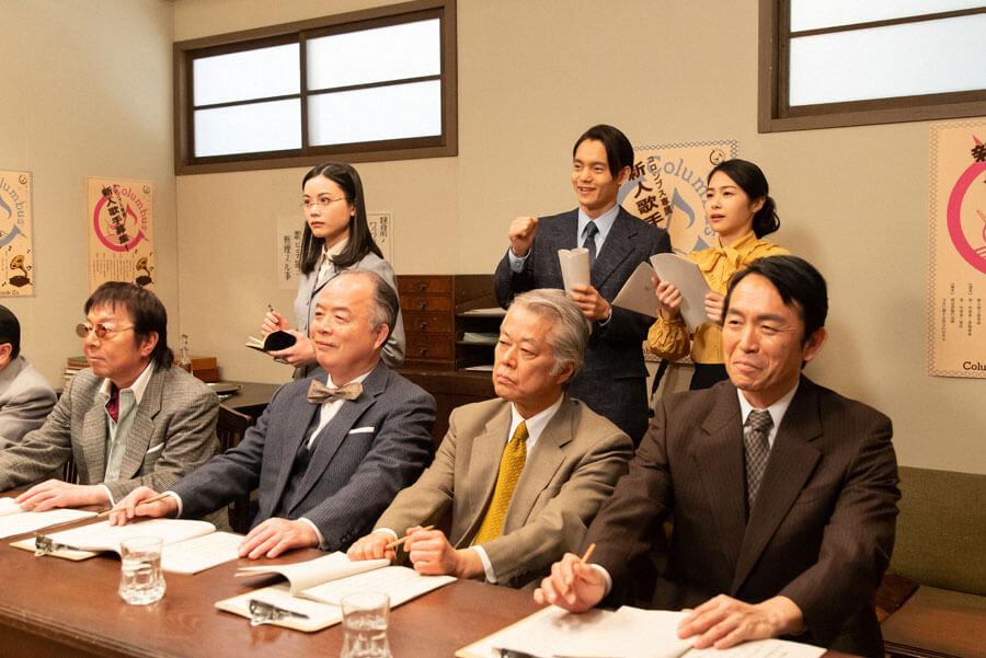 オーディションの様子を見守る古山裕一(窪田正孝)(C)NHK
