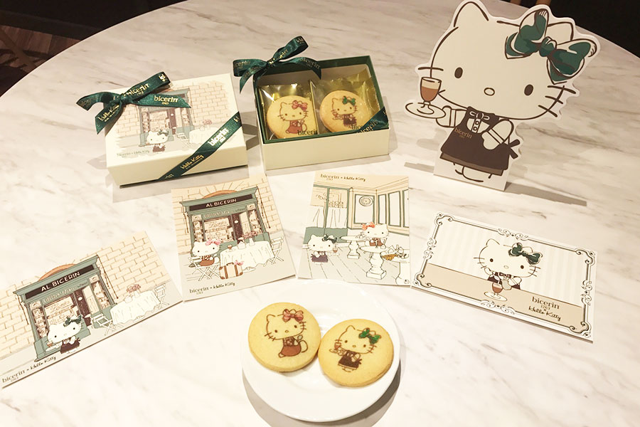 「Bicerin×Hello Kitty コラボレーションクッキー」オリジナルポストカード付き2160円(6枚) ©1976, 2020 SANRIO CO., LTD. APPROVAL NO. L611710