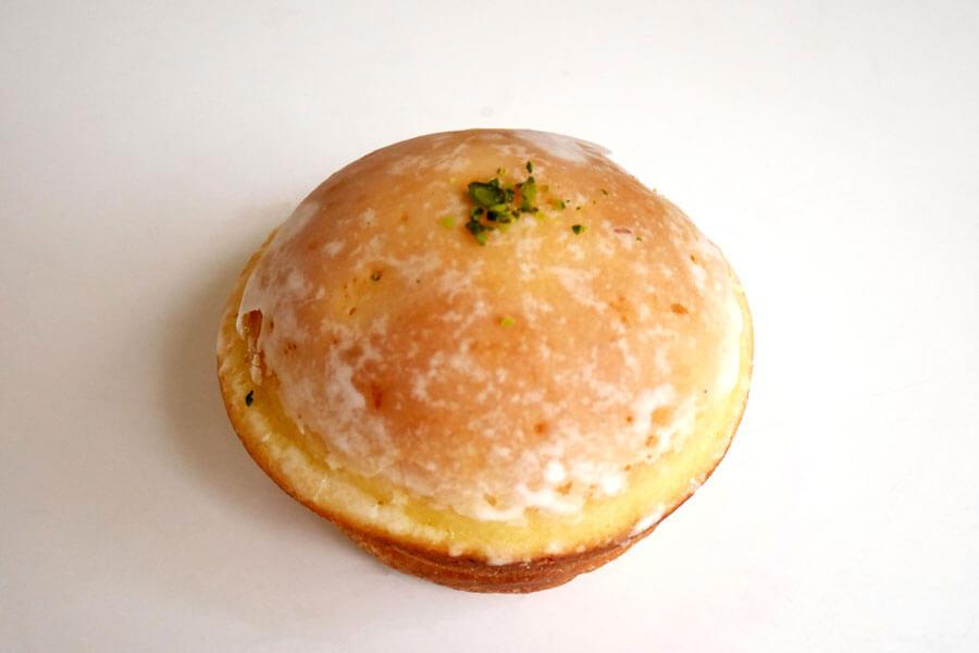 夏にぴったりな軽い食感のブリオッシュにレモンがふんわりと香るブリオッシュ・シトロン(238円)