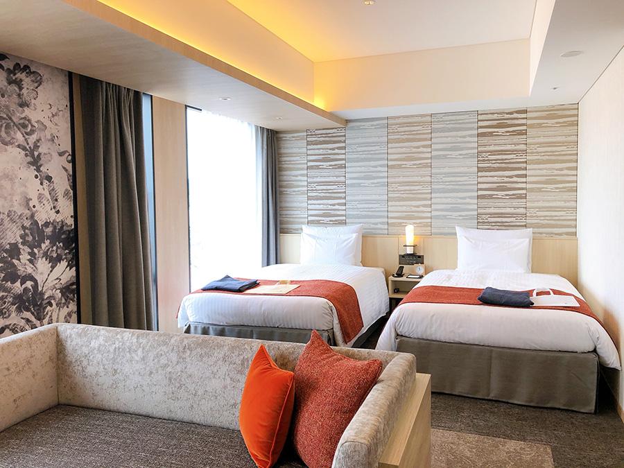 「ホテルエミオン京都」の客室「エミオンフォース」は最大4名まで泊まれるゆとりの43平米