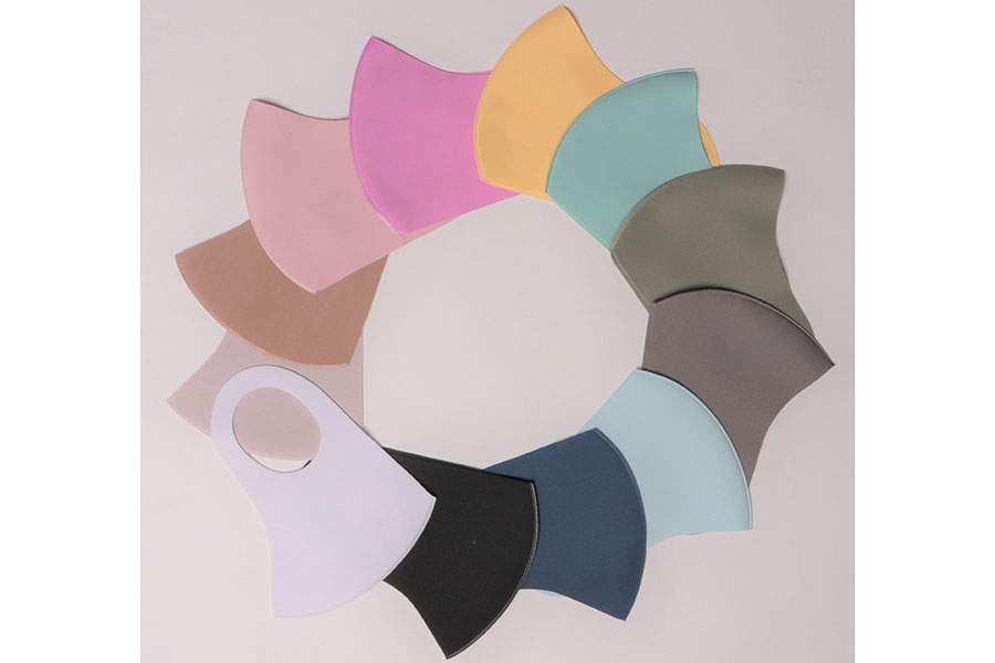 全12色。ホワイト、グレー、ピンク、サックス、ブラック、オリーブ、ミントグリーン・チャコールグレー、ネイビー、ライトパープル、ブラウン、イエロー(順不同)