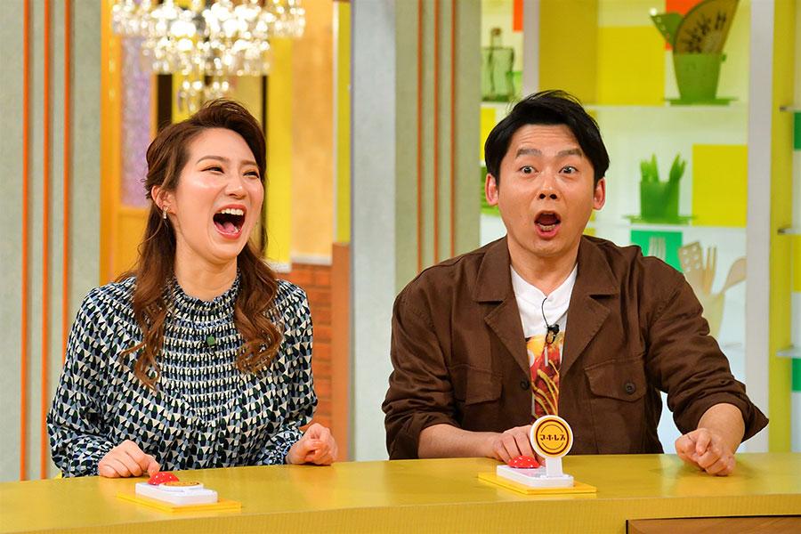 左からファーストサマーウイカ、ロザン菅(写真提供:MBS)